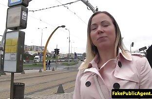 Shelling hål av en berusad svensk vintage sex tjej med en penis,