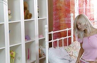 Barnet på swedish sexfilm två år av en blondin